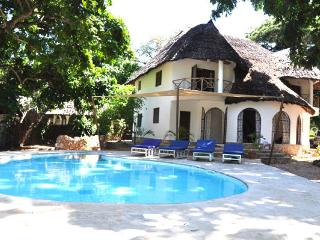 Villa Malachite, Galu Beach
