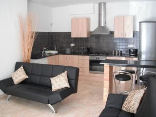Fully Fitted kitchen, Lounge area with Flat screen TV. UK , French, Spanish and German channels