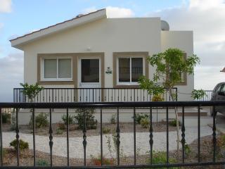 Villa Athene, Peyia