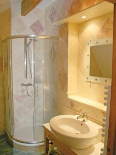 Leonardo Apartment - Bathroom