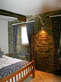 Degas Apartment - Master Bedroom