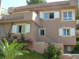 Villa Llatidos, Portals Nous