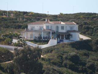 Luxury 5 bedroom Villa on Gilf Course in Alcaidesa, nr Sotogrande