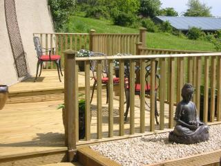 The Linhay has its own private decking area