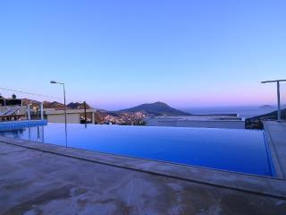 Luxury Villa in Kalkan (FREE CAR OR TRANSFER)