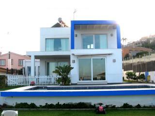 Casa de 270 m para 6-7personas, Algeciras
