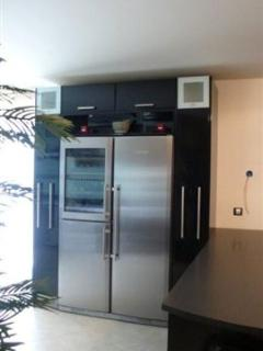 American Fridge complete with wine chiller - Lovely!!