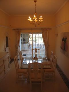 Dining Area leading out to BBQ