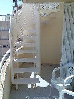Stairs to Flat roof terrace