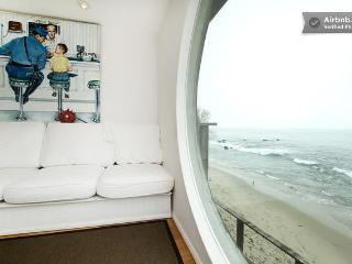 Ocean Front Malibu Beach House 3bed/2.5 bath, Malibú