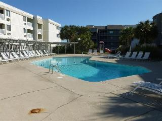 Nice unit just steps away from the sand! Pelicans Landing Myrtle Beach SC#130
