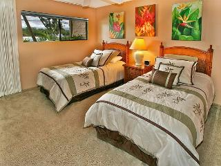 #101 - 2 Bedroom/2 Bath Ocean Front unit on Sugar Beach!, Kihei