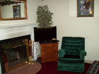 One Bedroom Condo in the Heart of Gatlinburg (Unit 401)