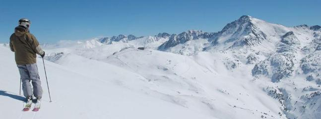 view in Vallnord