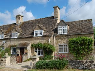 Period Cotswold Cottage - Cottage Awarded Gold Rating By English Tourist Board, Great Rissington