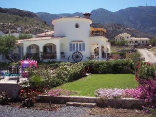 La Casa Magdalena, Alsancak - Karavas