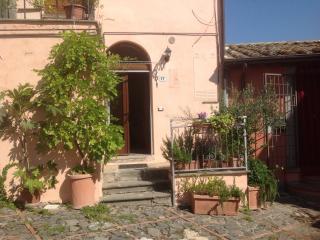 Dimora tipica in borgo medioevale ristrutturata, Celleno