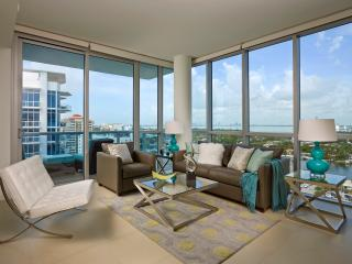 Deluxe Bay Front 1br with balcony & WiFi, Miami Beach
