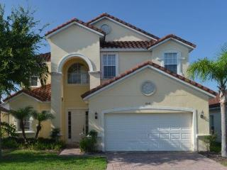 Huge 6 Bedroom Gated Tuscan Hills Disney Villa, Davenport