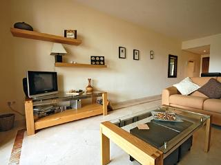 Costalita F Olvera 49 2 Bed Luxury Apartment WIFI, Estepona