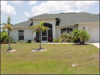 SAILBOAT ACCESS! DOG FRIENDLY! HEATED POOL/SPA149, Port Charlotte