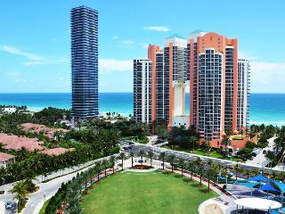 (8) Ocean Reserve Luxury Ocean View Beach Front Condo