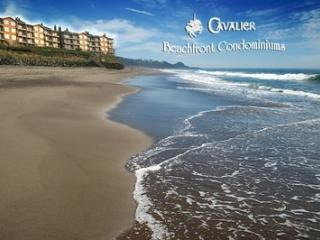 Oceanfront condo with private beach access, Depoe Bay