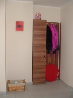 Hall/Ski Locker