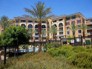 Lake View Condo-Montelago Village @ Lake Las Vegas, Henderson