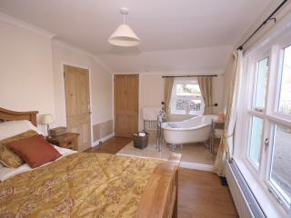 The downstairs bedroom with slipper bath