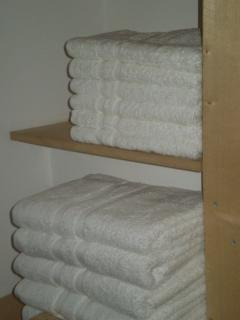 I00% Cotton Bed & Bath linen supplied