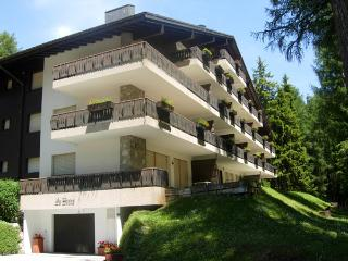 Beautiful apartment on the Golf, Crans Montana