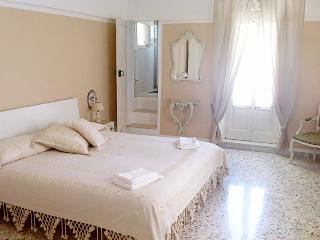 Beautiful bedroom Nr 2 with private bathroom
