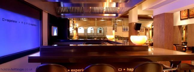 Momo Fusion - Contemporary And Ethnic Modern Restaurant