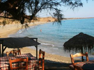 Seaside Holiday Apartment - Lagada Bay, Makrys-Gialos