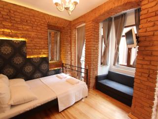 Lovely and Cheap Studios in Taksim, Istambul