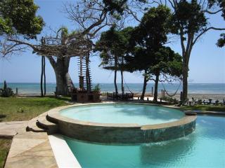 Galu Kinondo Beach House, Galu Beach