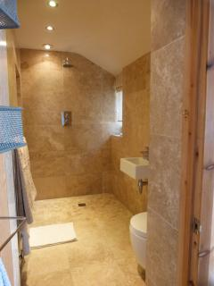 Luxury double wet room, perfect after a day at the beach, walking, climbing and exploring