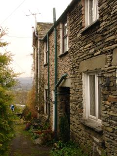 Bluehill Cottage