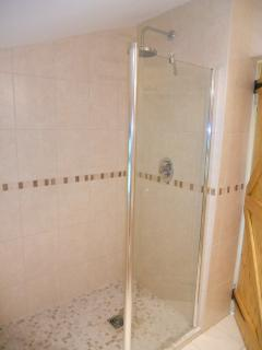 The en suite walk in shower - new in 2011