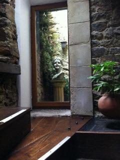 Dinan Accommodation - Atrium