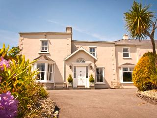 Sunnybank House - Discounted to €5000 - stay 2nd to 9th June.