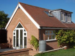 Little Longfields Holiday Cottage, Wilmcote, Stratford-upon-Avon