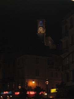 Le Suquet at night