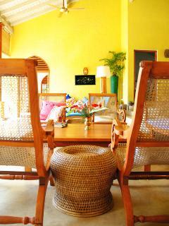 Highest quality teak furniture throughout