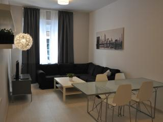 Apartamento céntrico C/ Martínez Campos (6p), Granada