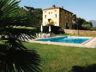 Villa Dina, Lucca