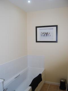 The Annexe - Bathroom - full length bath