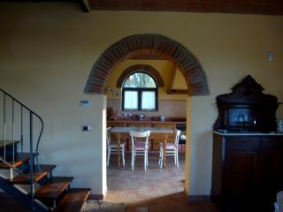 Beautiful Tuscan 3 bedroom barnhouse with picturesque garden and deck, located in the heart of Chianti Classico