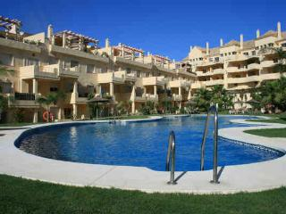 DuQuesa Fairways apartment